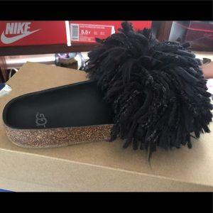 Ugg cindi sandal